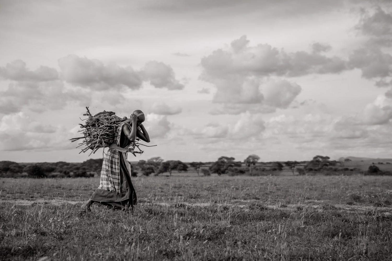 Tanzania_life next to the park (5)